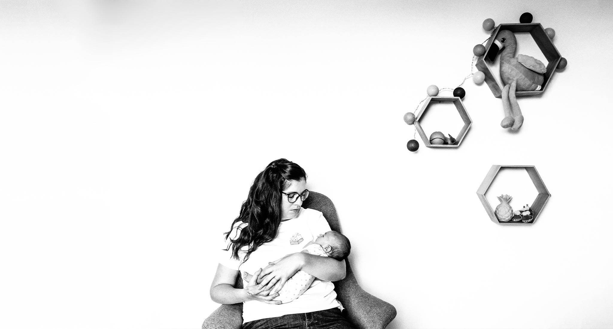 reportage a domicile, une mere calm sa fille